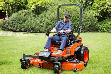 ZD1021_mowing_front_3_4_s